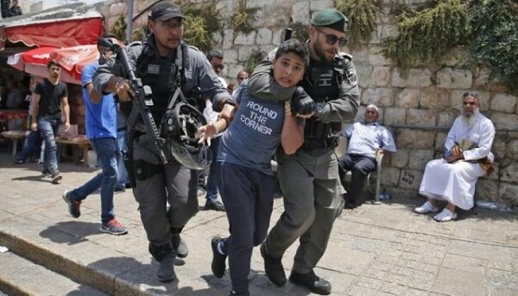 400'den Fazla Filistinli Çocuk Tutuklandı
