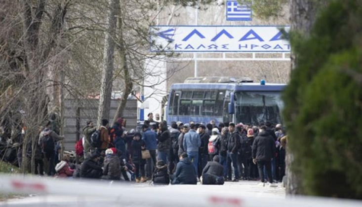 Pazarkule Sınır Kapısı Geçişlere Kapatıldı
