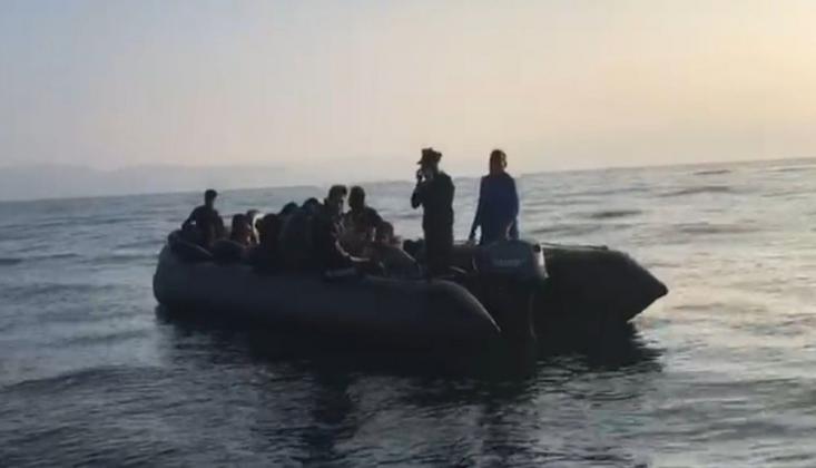 Kuşadası Körfezi'nde 40'ı Çocuk 19'u Kadın Toplam 81 Sığınmacı Yakalandı
