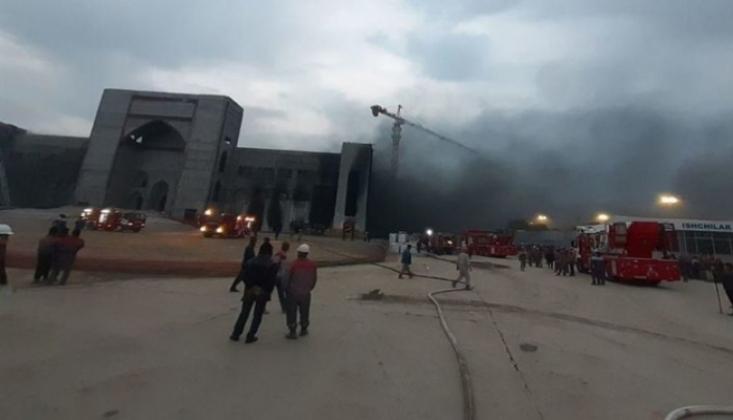 Taşkent'teki İslam Medeniyetleri Merkezi'nde Yangın