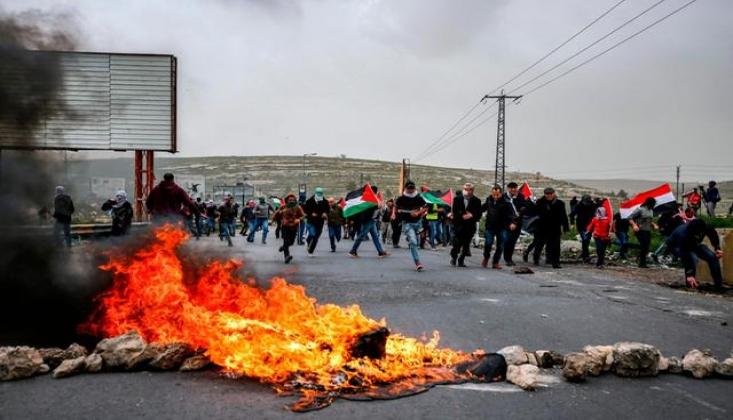 İsrail Güçleri Gazzelilere Saldırdı