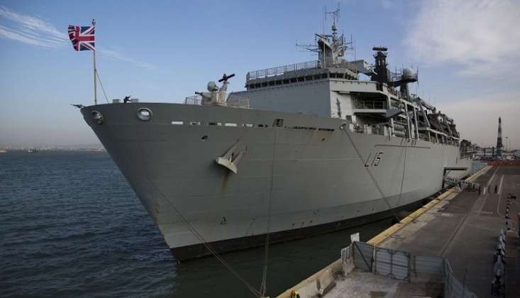 İngiltere'den Hürmüz Boğazı'nda Donanma Önlemi