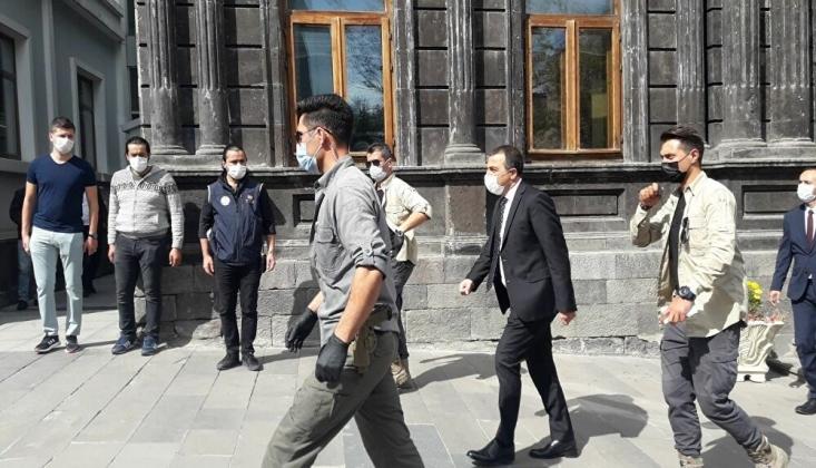 Kars Belediye Başkanı Ayhan Bilgen'in Yerine Kayyum Atandı