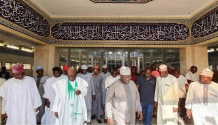 17 Müslümanı Namaz Esnasında Kaçırdılar