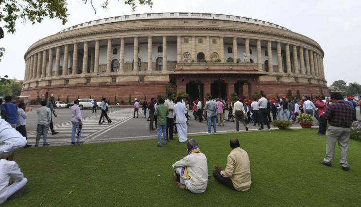 Hindistan, Cammu Keşmir'in Özel Statüsünü Kaldıran Tasarıyı Kabul Etti