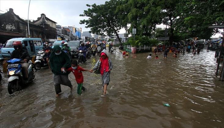 Endonezya'da Sel: 20 Ölü