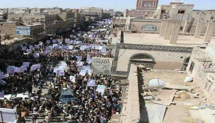 Yemen Halkı Operasyona Destek İçin Sokaklara Döküldü