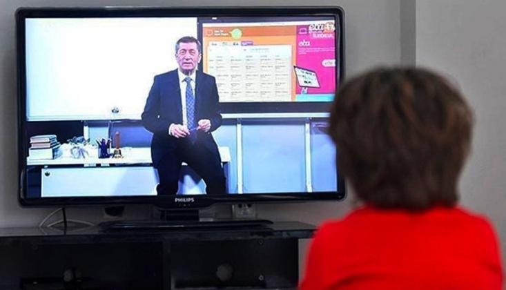 Bakan Selçuk'tan 'EBA Çöktü' Açıklaması: Siber Saldırı Zannettik, Meğer Bizim Öğrencilermiş