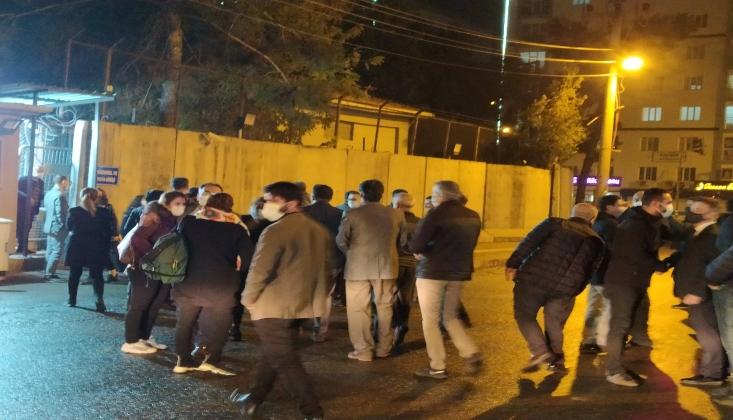 Diyarbakır'da Gözaltına Alınan 24 Avukattan 22'si Serbest Bırakıldı