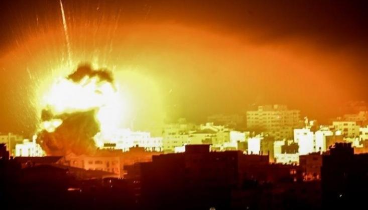 Siyonist İsrail Gazze Şeridi'ne Saldırdı