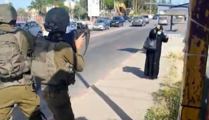 Siyonist İsrail Filistinli Bir Kadını Şehit Etti