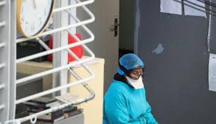 Güney Afrika'da Kovid-19'dan Ölenlerin Sayısı 16 Bine Yaklaştı