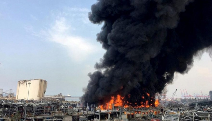 Beyrut Limanı'nda Yangın Çıktı
