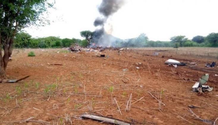 Somali'de İnsani Yardım Taşıyan Uçak Düştü