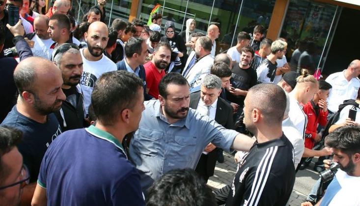 Beşiktaş'ta Taraftarlardan Takıma Destek Mesajı
