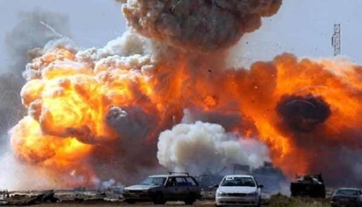 IŞİD'in Bomba Yüklü Aracı Elinde Patladı