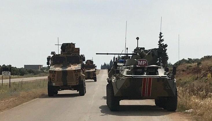 Suriye'deki Ortak Devriye Sırasında Rus ve Türk Askerleri Yaralandı