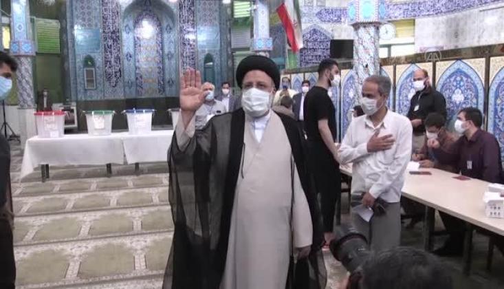 İran'da Seçimin Kazananı Reisi Oldu