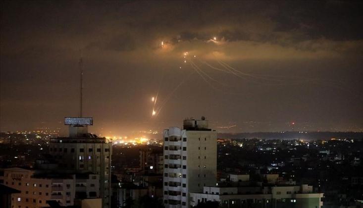 İsrail, Gazze'de Hamas'a Ait Noktaları Vurdu
