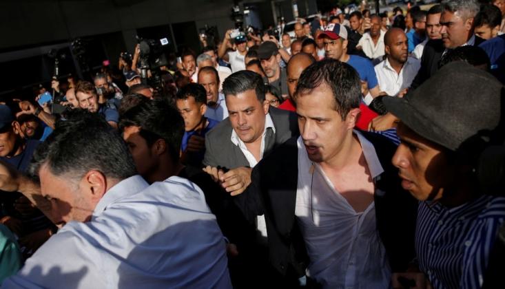 Guaido, Venezüella'ya Döndü: Havalimanında 'Vatan Haini' Tepkileriyle Karşılandı