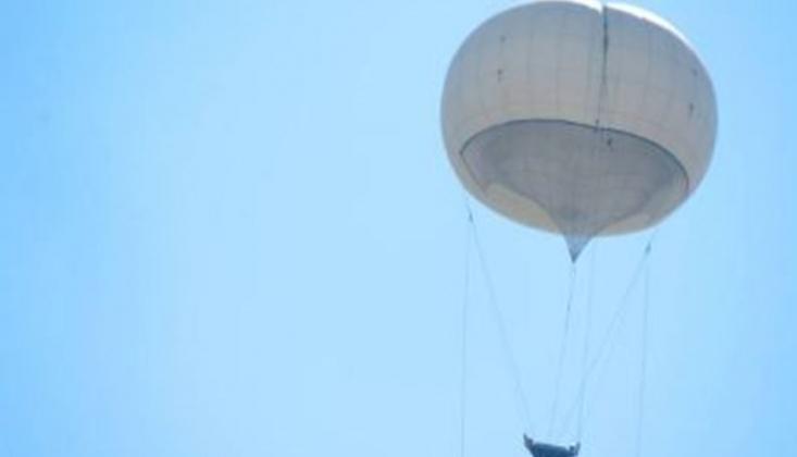 Korsan İsrail Filistinlileri Gözetlemek İçin Sıcak Hava Balonlarını Kullanıyor