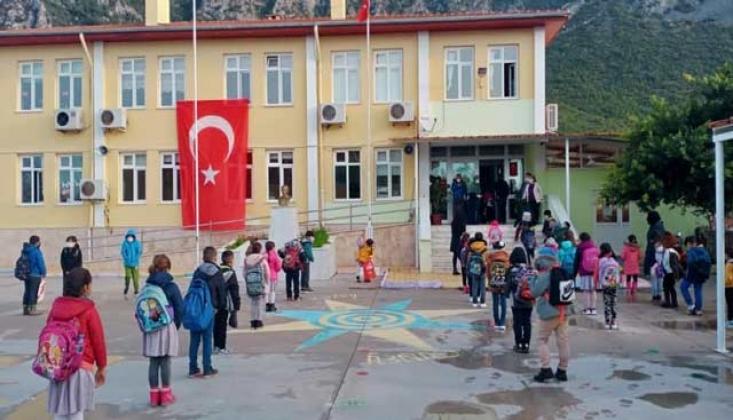 Milas'ta 124 Okulun 102'sinde Yüz Yüze Eğitime Ara Verildi