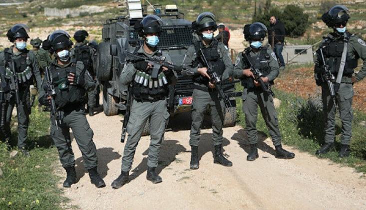 İsrail Güçleri, Batı Şeria'da 5 Filistinli Çocuğu Gözaltına Aldı