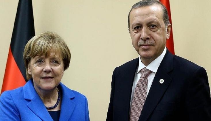 Erdoğan Merkel İle Suriye Görüştü