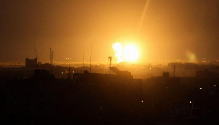 Siyonist İsrail Gazze'yi Bombaladı