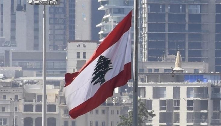 Lübnan'da Kriz Derinleşiyor; Yakıt Dağıtımı Durduruluyor