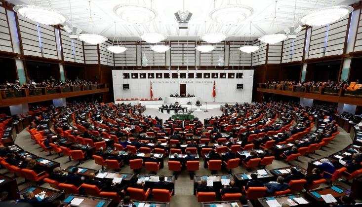 AKP'den Mısır ile Dostluk Grubu Teklifi