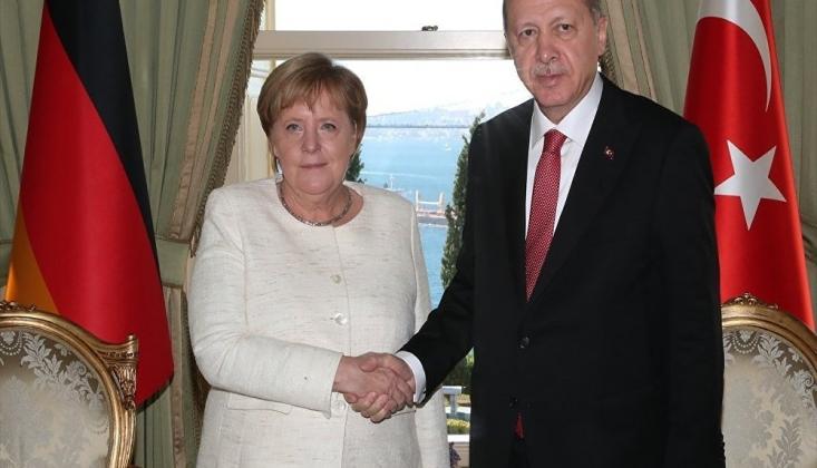 Erdoğan, Merkel İle Telefonda Libya'yı Görüştü
