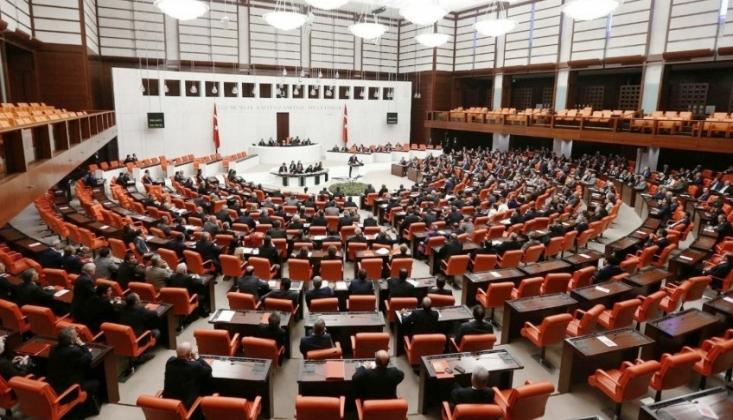Meclis'teki 11 Milyonluk Yolsuzluk İddiaları Sonrası İstifa Kararı