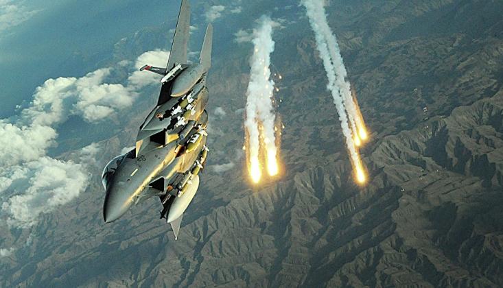 ABD Taliban Mevzilerini Bombaladı