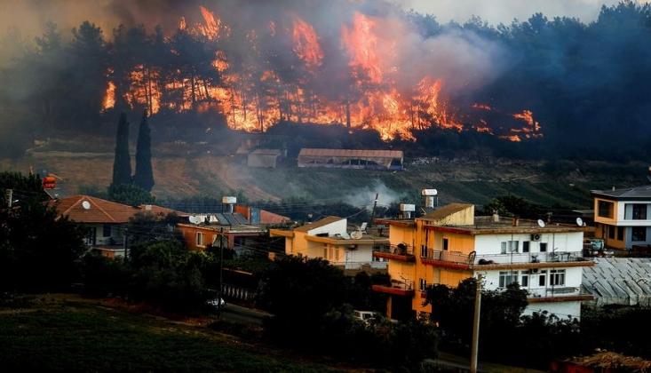 Yangına Müdahale Eden İki İşçi Hayatını Kaybetti