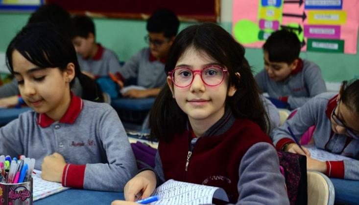 Matematikte Dünya Şampiyonu Olan 10 Yaşındaki Elanur, Başarısının Sırrını Açıkladı