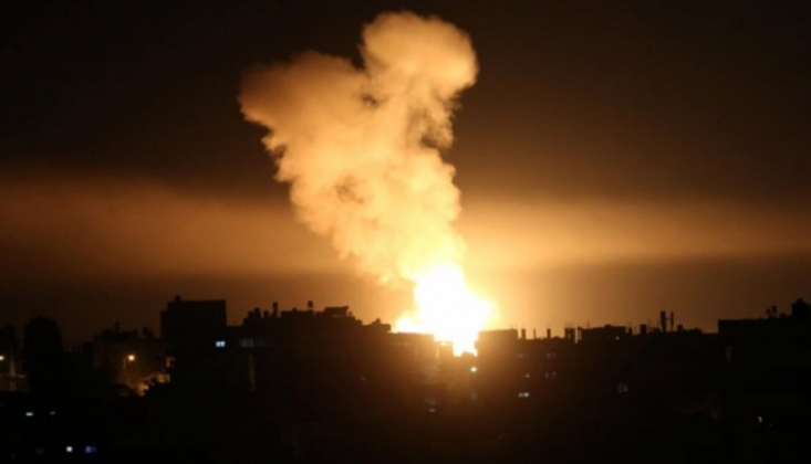 İşgalci İsrail Savaş Uçakları Gazze'yi Vurdu