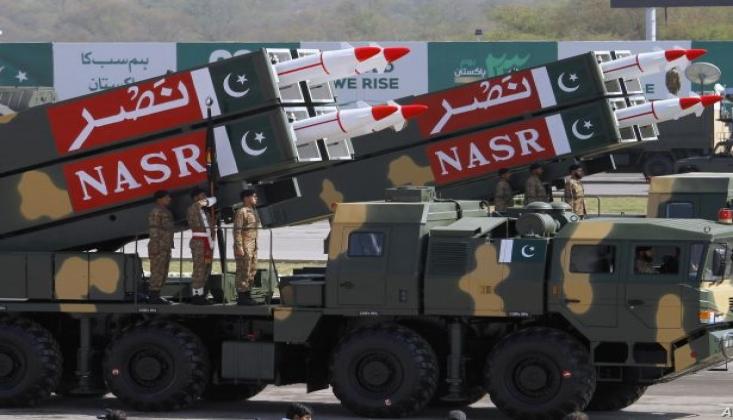 Pakistan Ordu Sözcüsü: Hindistan'la Nükleer Savaş Başlayabilir