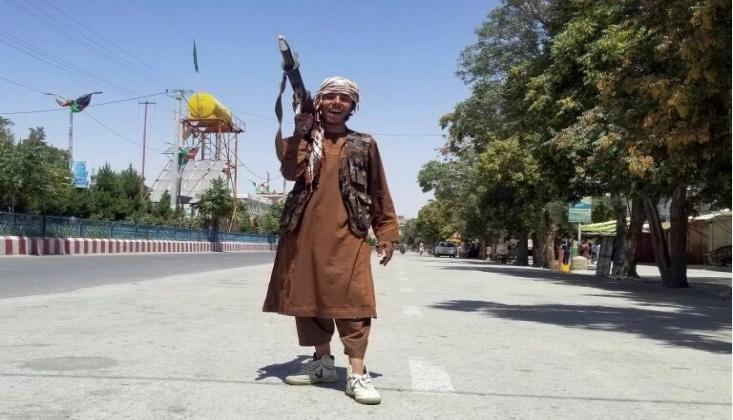 Arap Ülkelerinin Afganistan'daki Gelişmelere Tepkisi; Ateşli Amerika Oyunu