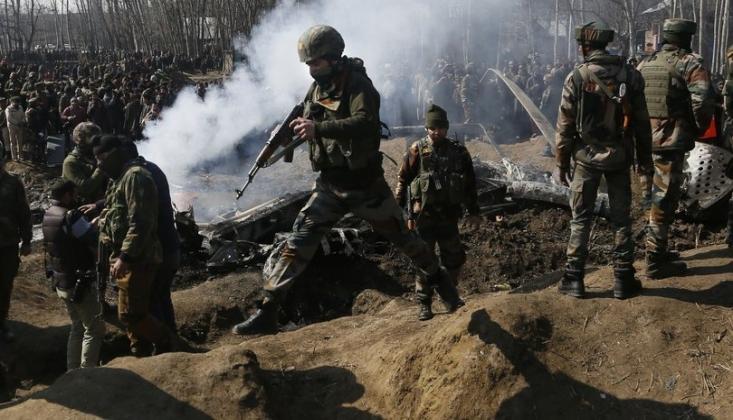 Keşmir Sınırında Şiddetli Çatışma