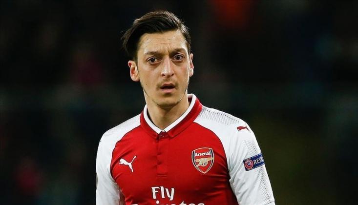 Arsenal'de Mesut Özil'e İkinci Şok!