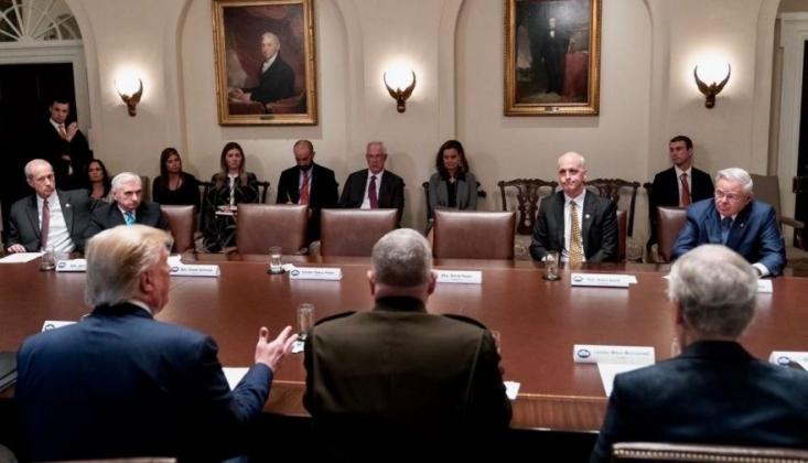 Beyaz Saray'da Kriz Patladı
