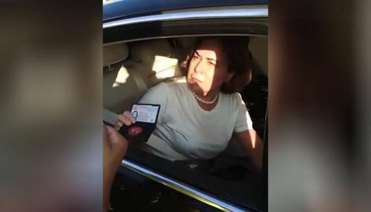 Vekil Hakaret Etti; Polisler Açığa Alındı