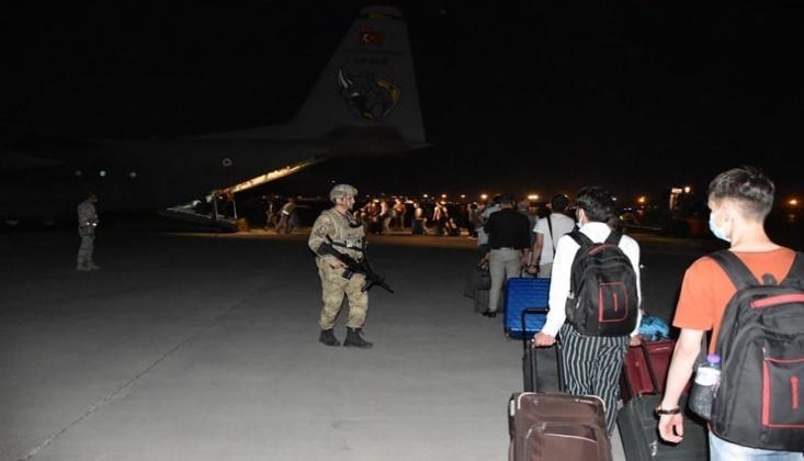 Afganistan'daki Türk Vatandaşların Tahliyesi Sürüyor
