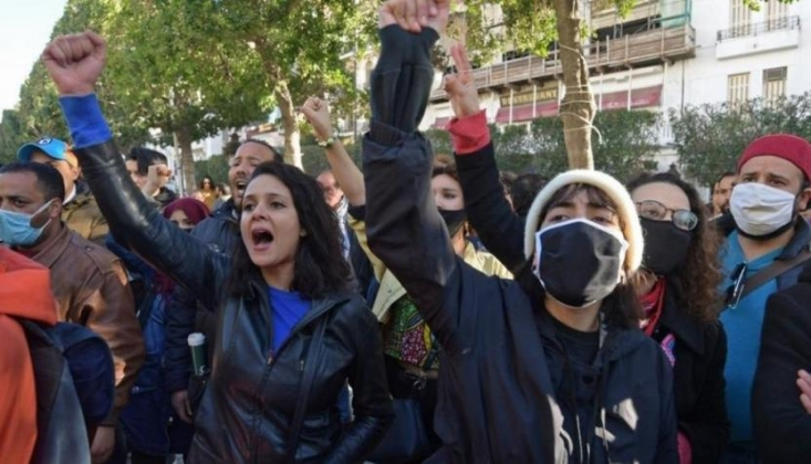 Tunus'ta İşsizlik ve Yoksulluğa Karşı Protestolar Sürüyor