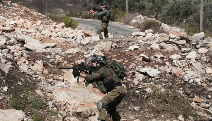 İsrail Onlarca Filistinliyi Gözaltına Aldı