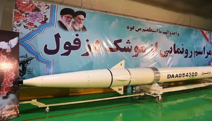 İran Yeni Balistik Füze Başlığını Sergiledi