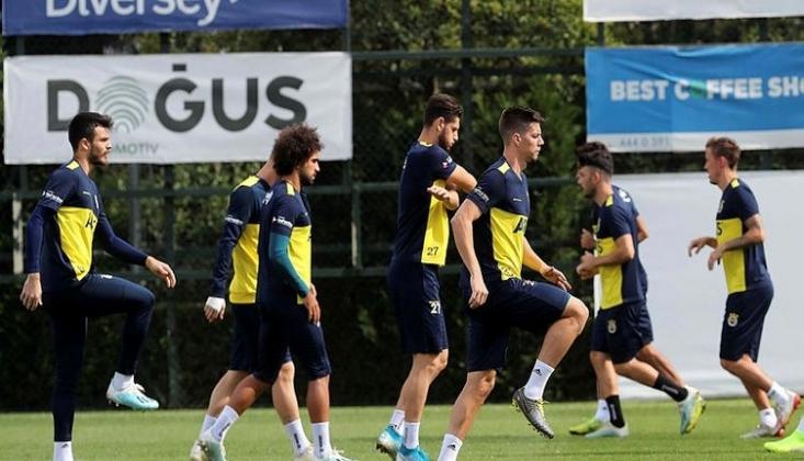 Fenerbahçe'de Kadro Açıklandı!