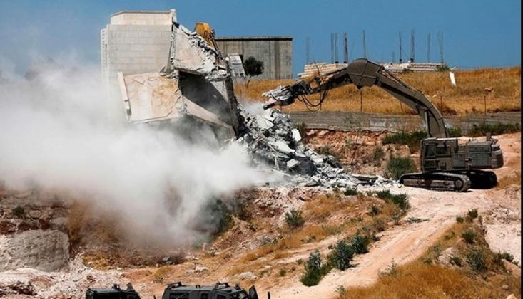 Siyonist İsrail Filistinlilere Ait 500'den Fazla Evi Yıktı