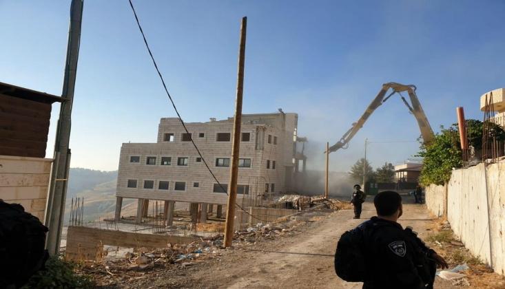 İşgalci İsrail Rejimi İşgalini Genişletiyor